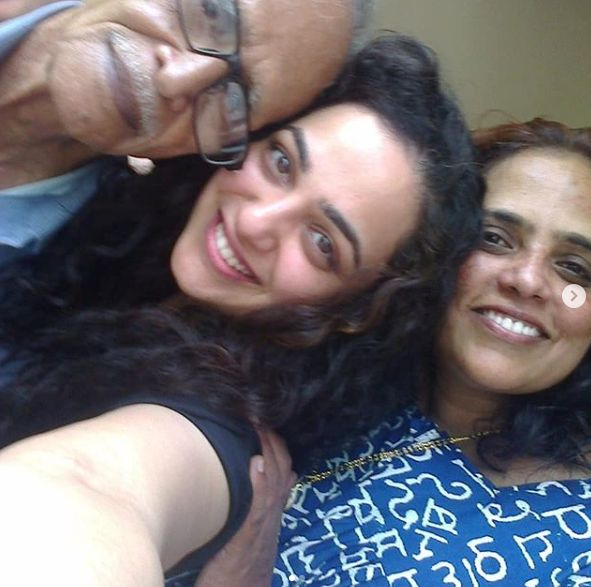 Nithya Menen with her mother and her grandfather