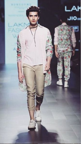Paras Kalnawat walking the ramp at Lakme Fashion Week