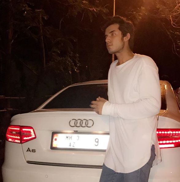 Paras Kalnawat with his car