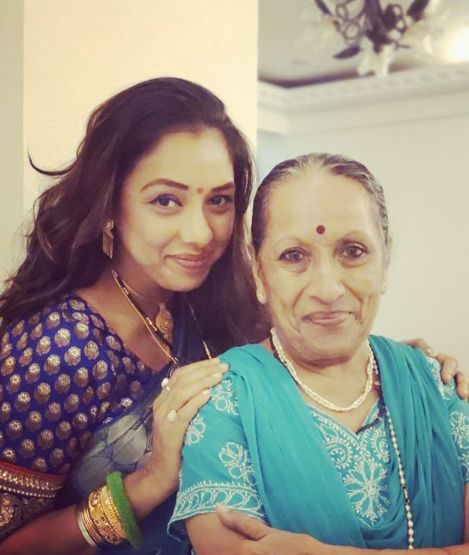 Rupali Ganguly and her mother