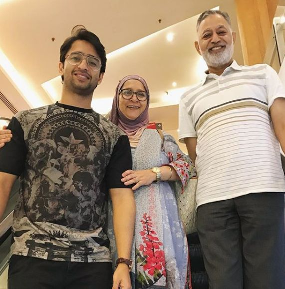 Shaheer Sheikh with his parents