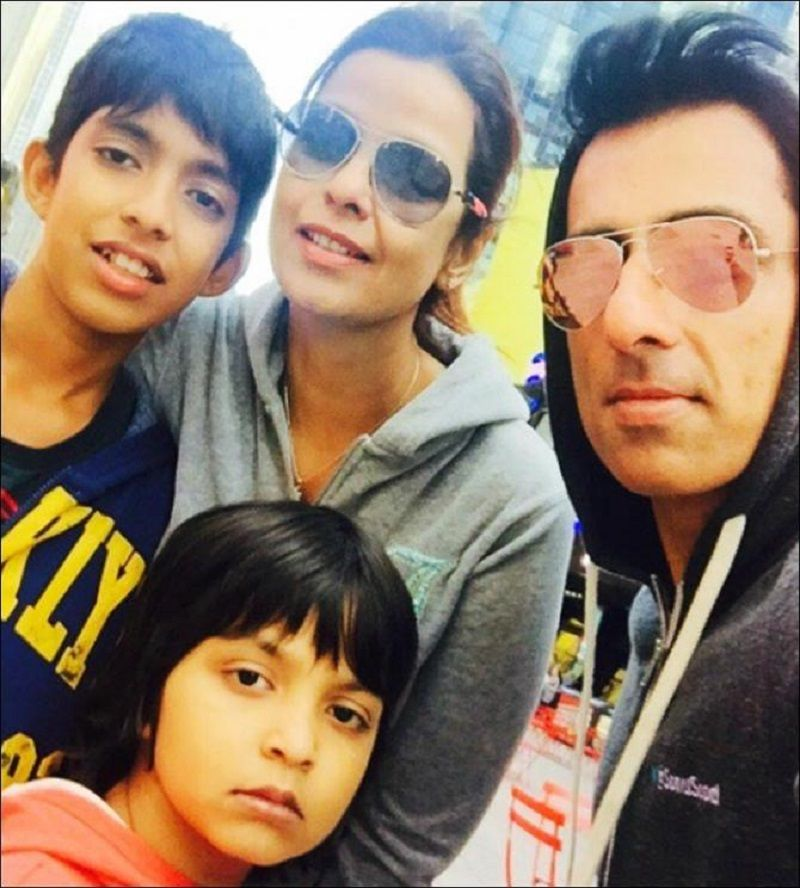 Sonali Sood With Her Husband and Kids