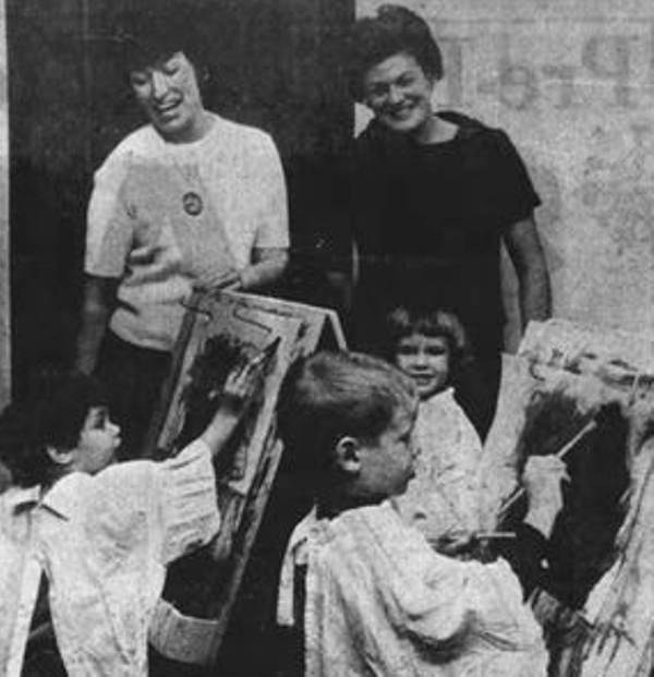 Tara Reade (left as a child) With Her Mother Jeanette Altimus in 1966