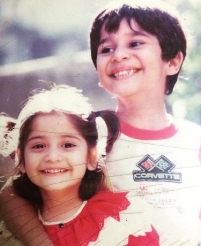 A Childhood Picture of Krushna Abhishek and Arti Singh
