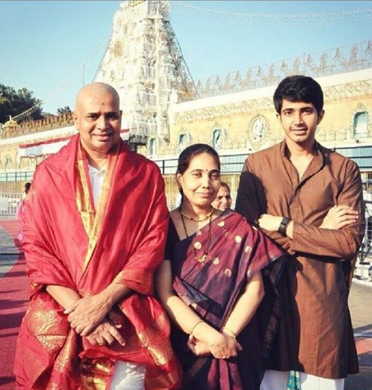 Chaitanya Jonnalagedda With His Parents