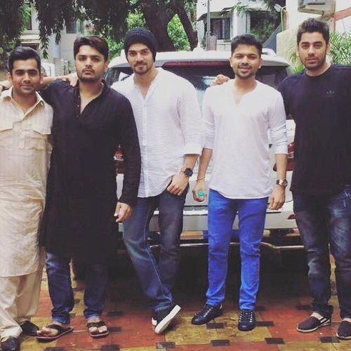 Imtiaz Khatri With Sooraj Pancholi and Other Friends