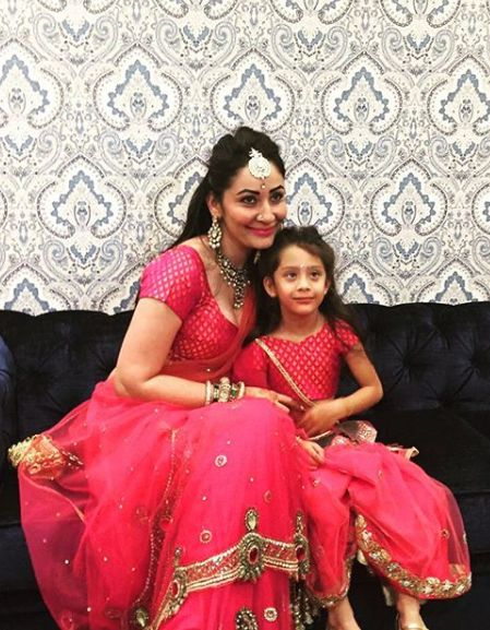 Iqra Dutt with her mother