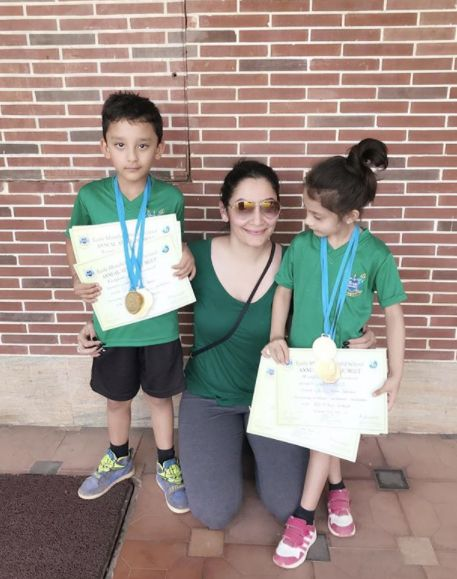 Iqra Dutt with medals