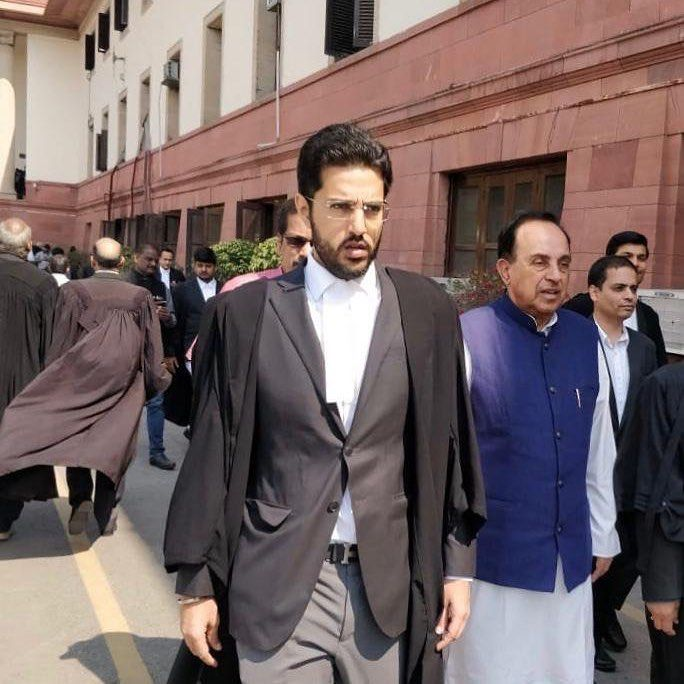 Ishkaran coming out of Supreme Court with Subramanian Swamy after hearing on Ram Mandir