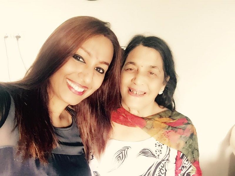 Kashmera Shah With Her Mother