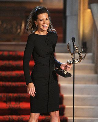 Kate Beckinsale with her Spike Guys Choice Award