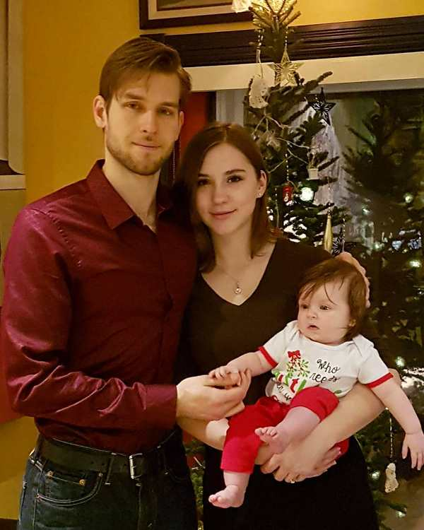 Mikhaila Peterson with her husband, Andrey Korikov and daughter, Scarlett