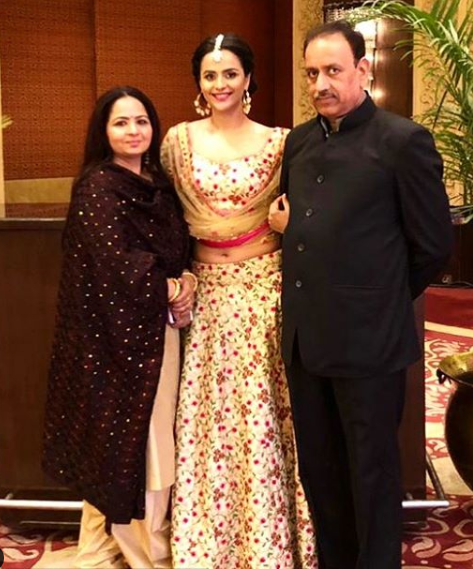 Prachi Tehlan with her parents