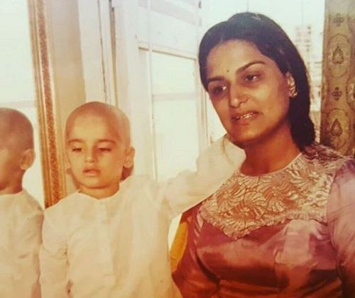 An Old Picture of Anita Dheer With Her Son
