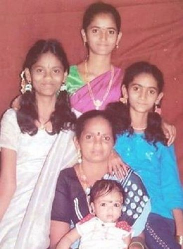 An Old Picture of Jordar Sujatha With Her Family