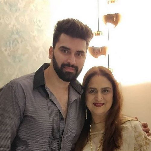 Anita Dheer With Her Son