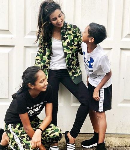 Avina Shah With Her Nephew and Niece