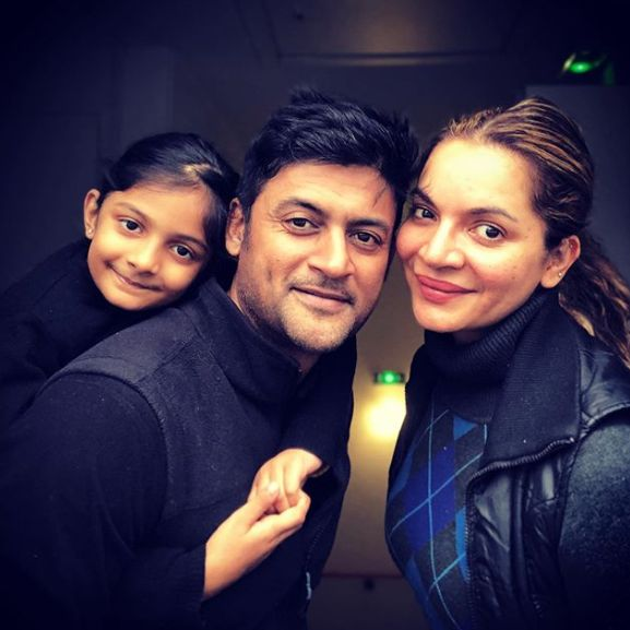 Manav Gohil with his wife and daughter