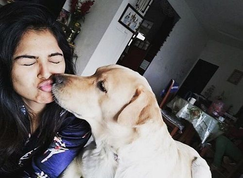 Monal Gajjar and Her Pet Dog
