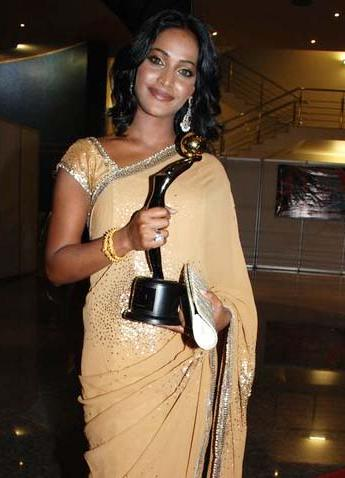 Rajshree Thakur with an award