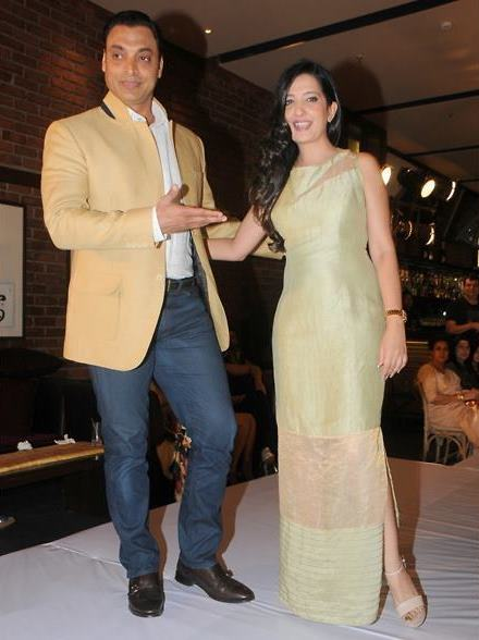 Rubab Khan with her husband Shoaib Akhtar