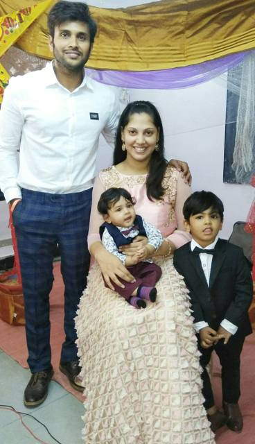 Saikumar with his wife and children