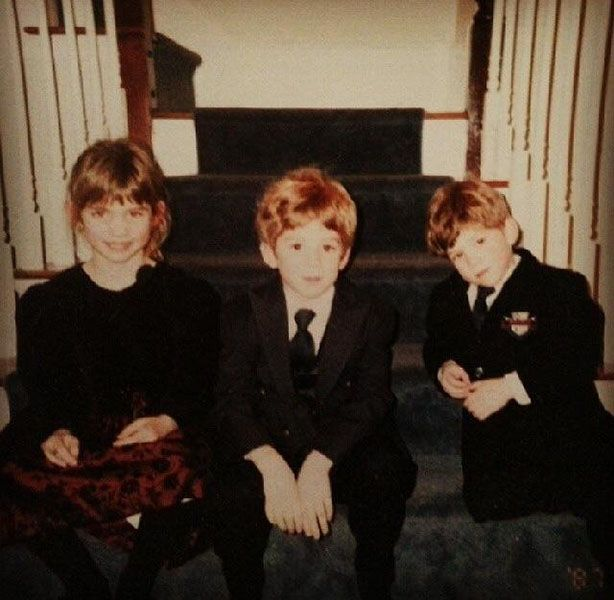Childhood Picture of Claire Boucher with her Brothers