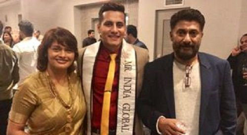 Dhaval Panchal with Vivek Agnihotri and his wife Pallavi Joshi
