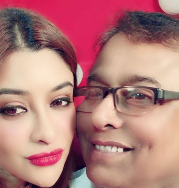 Payal Ghosh's father
