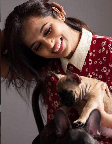 Ramya Pandian and Her Pet Dogs