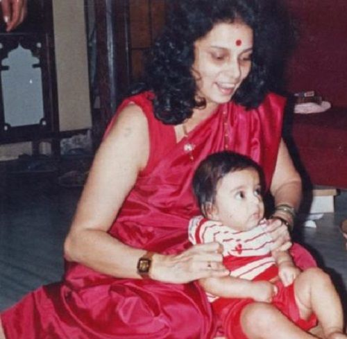 A Childhood Picture of Gashmeer Mahajani With His Mother