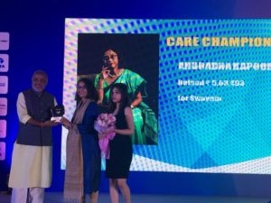 Anuradha Kapoor Getting Felicitated at Event Organized by Tata Steel Kolkata