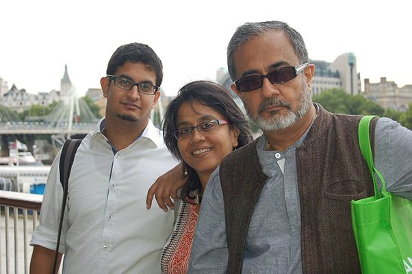 Anuradha Kapoor with her Husband and Son