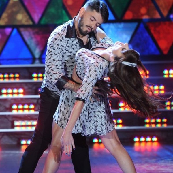Diego Sinagra in a dance reality show along with his wife