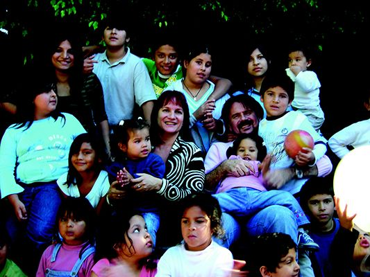 Lucia Galan with Children from Pimpinela Home for Children