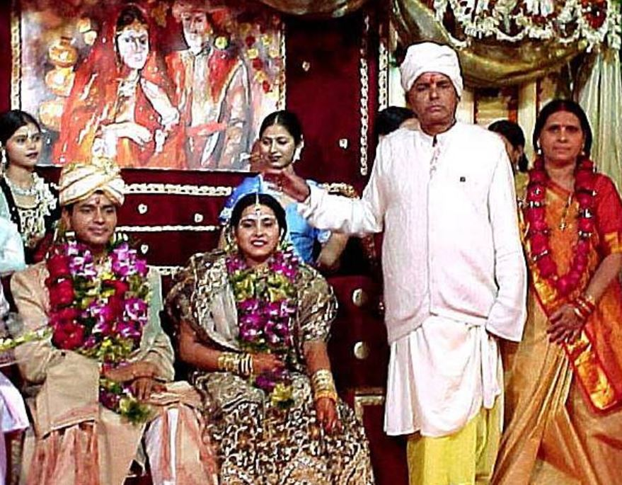 Misa Bharti with husband and parents on the day of her wedding