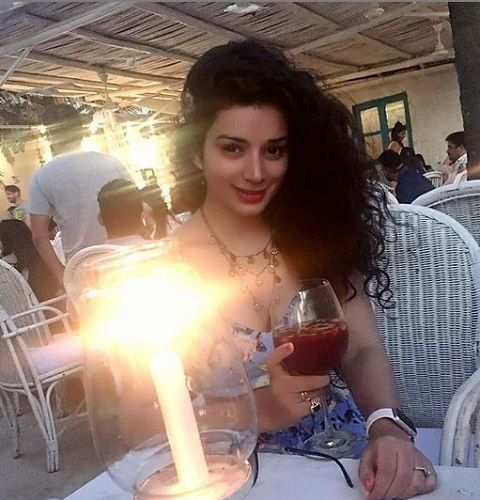 Sukirti Kandpal in a Party