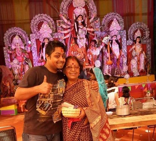 Aidityo Ganguly with his mother, Shefali Ganguly