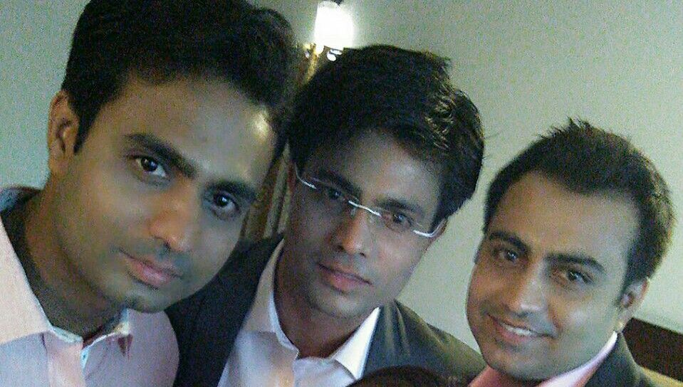Akhilesh Anand with his brothers