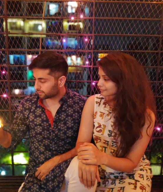 Dheeraj Juneja with his wife