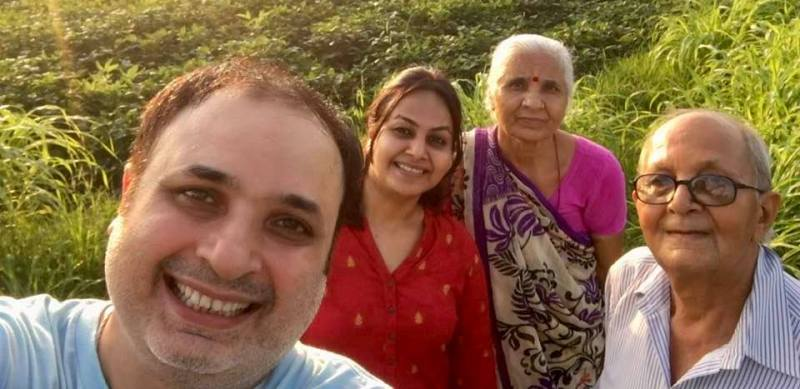 Jay Upadhyay with his parents