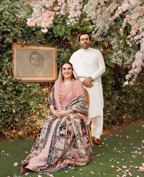 Mahmood Chaudhry and Bakhtawar Bhutto on their engagement day wearing traditional Pakistani dresses in the engagement ceremony