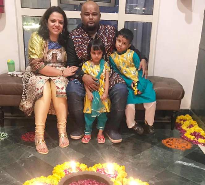 Nishant Tanwar with his wife and kids