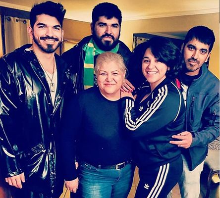 Noemi Gonzalez with her Mother and Brothers
