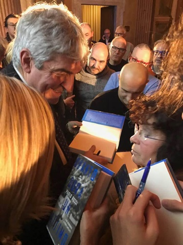 Paolo Rossi at the signing event of his autobiography 'Quanto Dura Un Attimao'