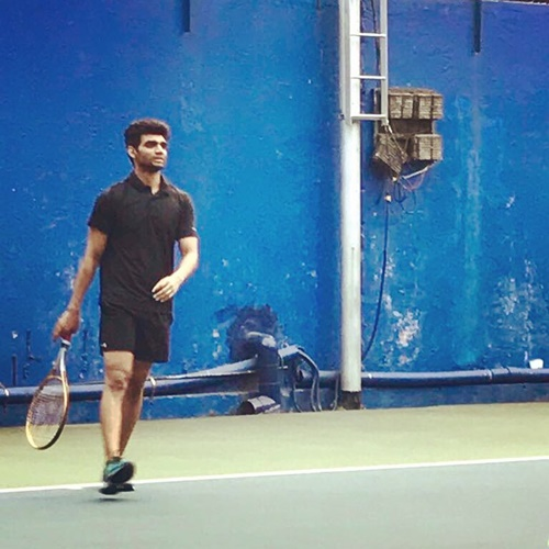 Salil Jamdar playing tennis