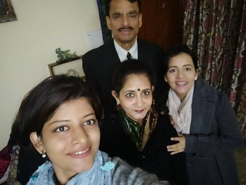 Sulagna Panigrahi with her Parents and Sister