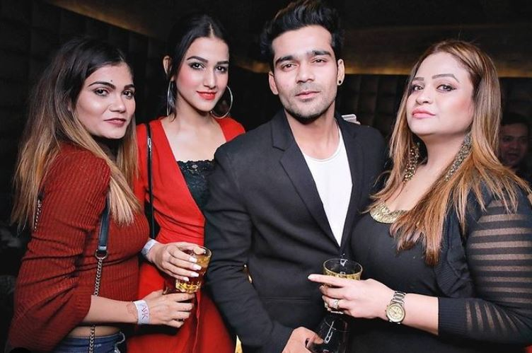 Amandeep Sidhu with her friends