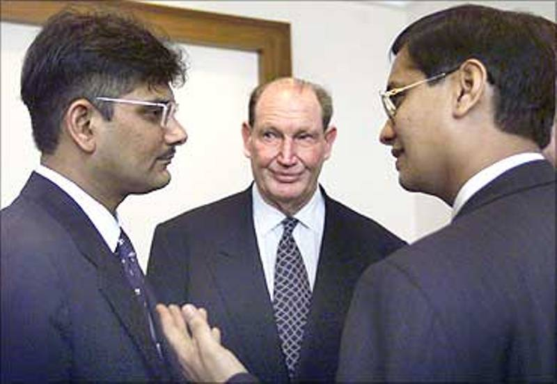 Ketan Parekh with Vinay Maloo and Kerry Packer