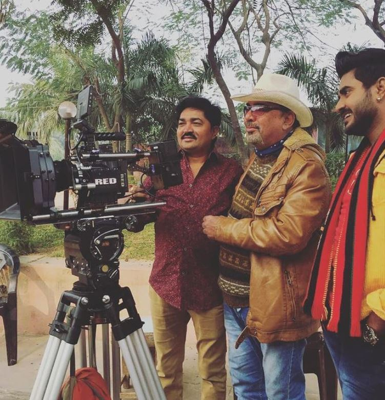 Pappu Khanna on the sets of a film